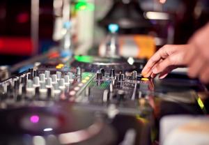 DJ Budget