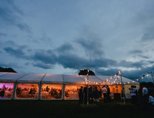 How to Plan the Perfect Outdoor Wedding Reception
